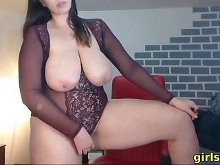smoking while showing my huge titties