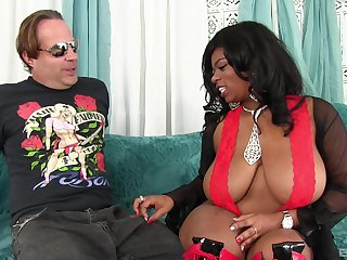 Hard penis disappearing in a shaved and perfect  pussy of Mirage