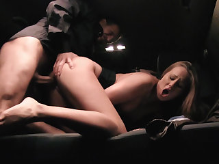 Hungarian babe fucked in a cab