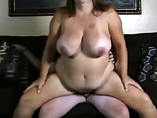 Amateur couple big boobs girl fuck on cam.