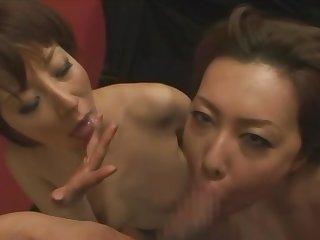 Honami Takasaka x Yumi Kazama - Mature Blowjob