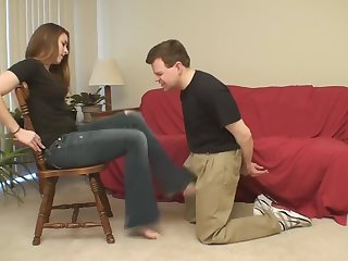 Barefoot Ballbusting