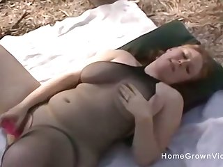 Amateur busty blonde BBW gets fucked outdoors