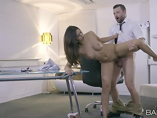 Sexual perfection at work for the new secretary