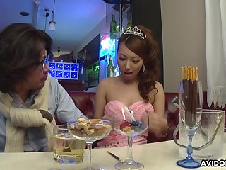 Lewd Japanese lady Mai Takizawa needs no party but good pussy fingering
