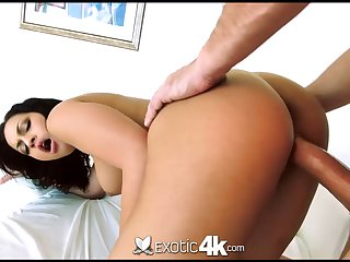 Sexy boobies of exotic babe Karissa Kane bounce as she is real cock rider